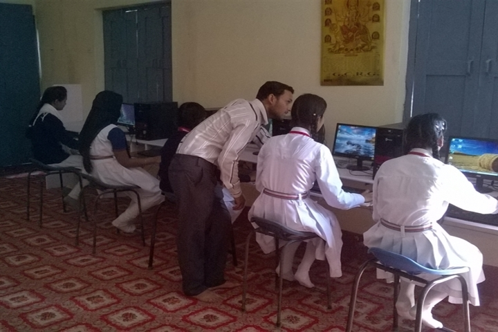 Modern Public School-Computer lab
