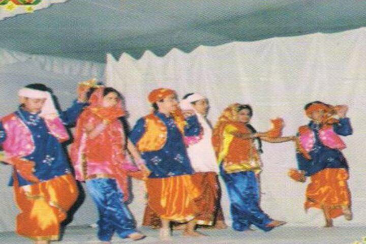 Modern Public School-Dance