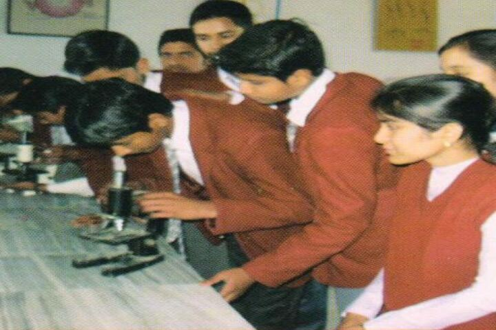 Modern Public School-Physics Lab