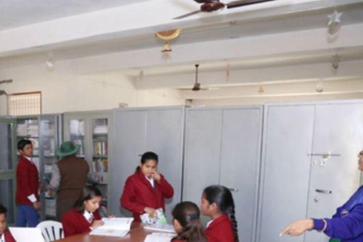 Mother Divine Public School-Library