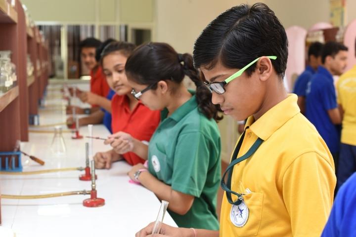 Mount Litera Zee School-Chemistry Lab