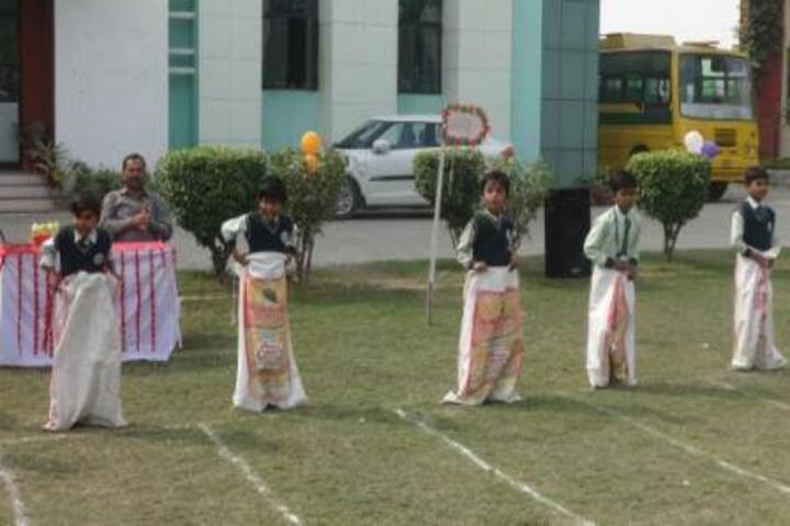 Mount Litera Zee School-Junior Wing Games