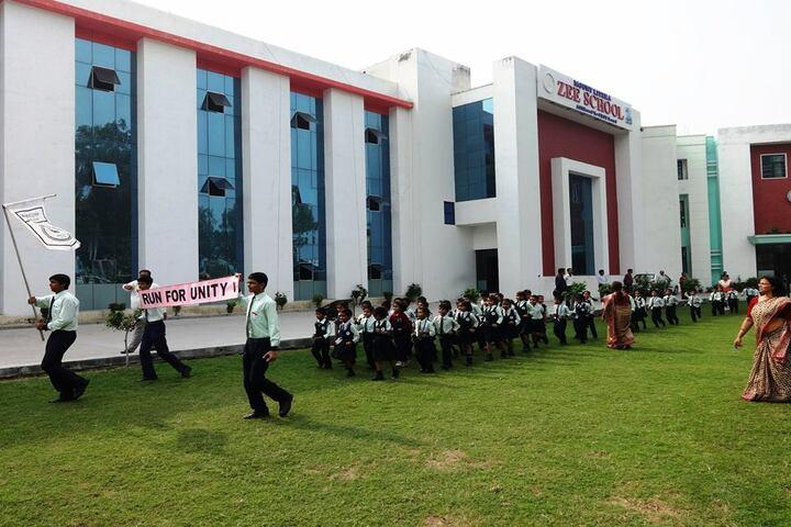 Mount Litera Zee School-Run for Unity
