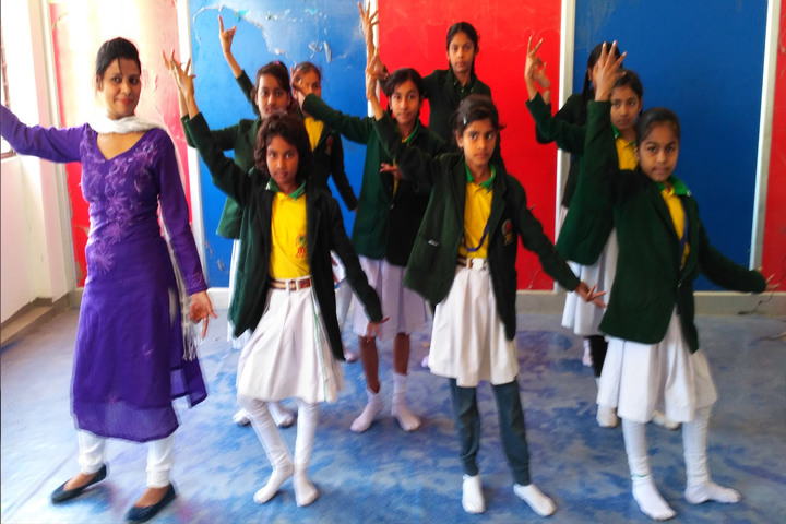 Mountain View City Public School-Dance Room