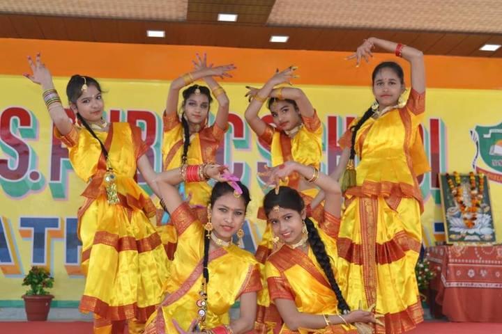 Narayan Savitri Public School-Dance Activity