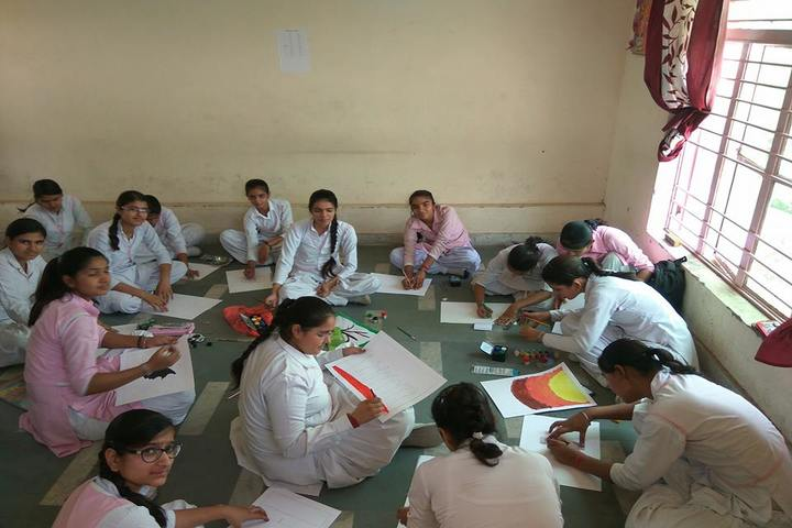 Narayan Savitri Public School-Drawing Activity