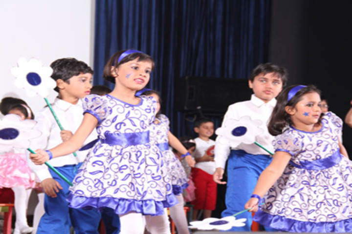 Narayani Challenger Convent School-Dance Activity