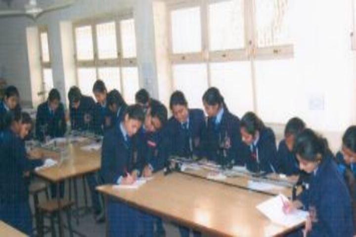 Navayuga Radiance School-Library