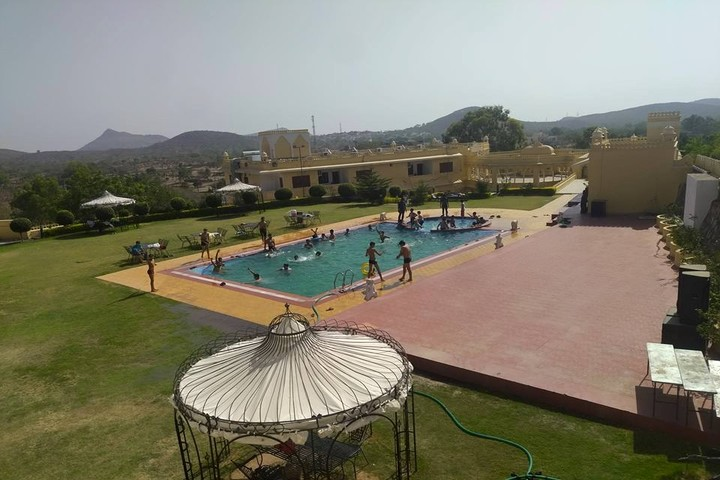 Nehru World School-Swimming Pool