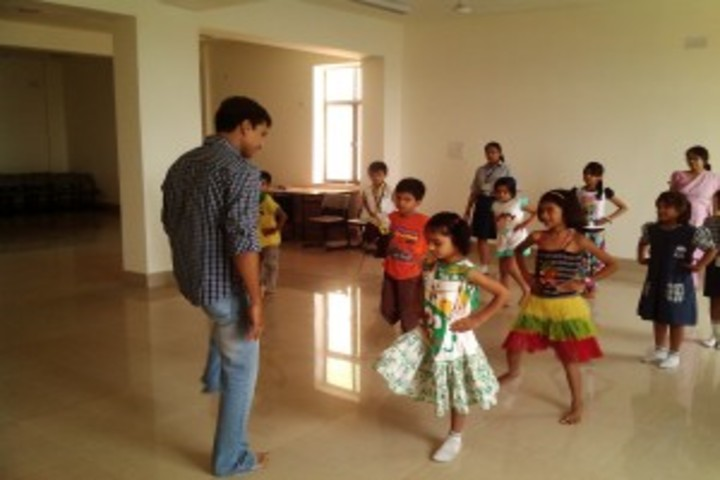 Usha Martin Wld School-Dance Room