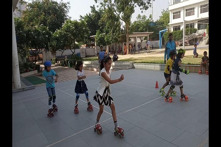 New Era School-Skating Activity