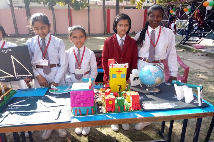 New Public College - School exhibition