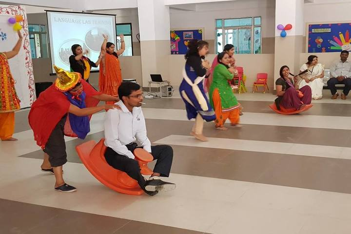 Veen Vidya Niketan-Childrens Day