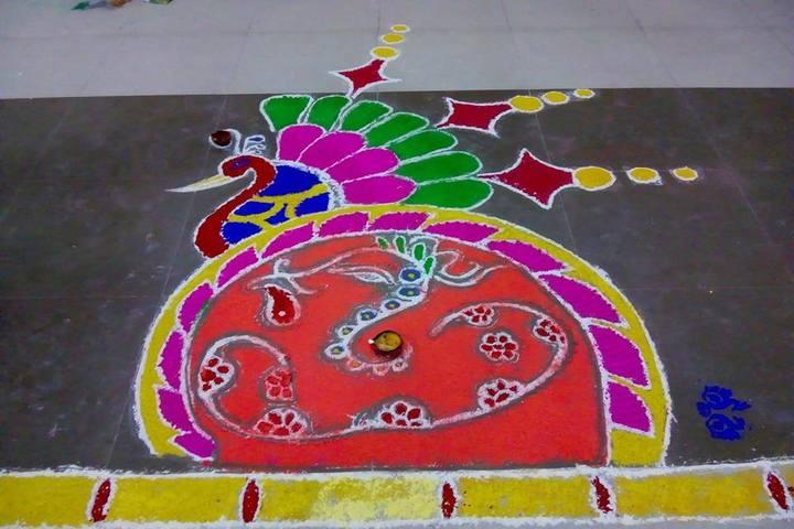 Veen Vidya Niketan-Rangoli Competition