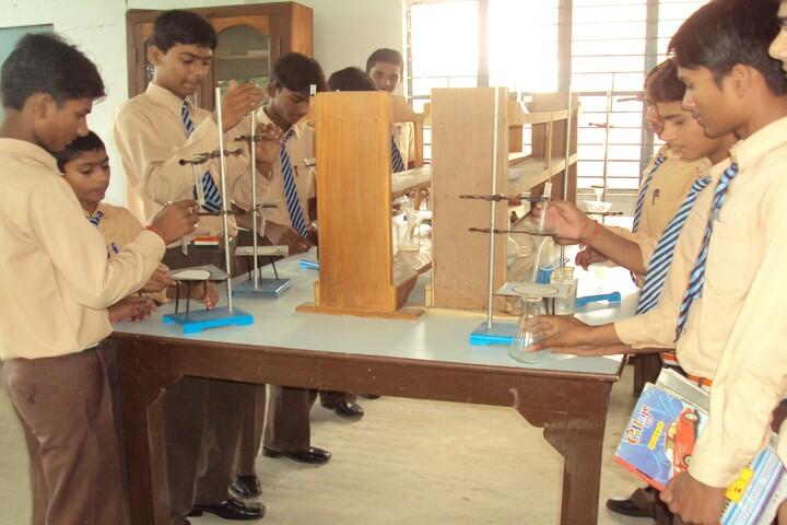 Vidya Jyoti School-Science Lab