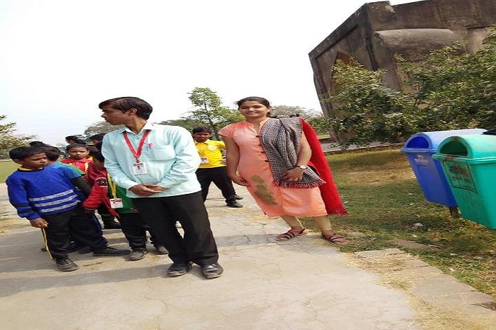 Om Public School-Excursion
