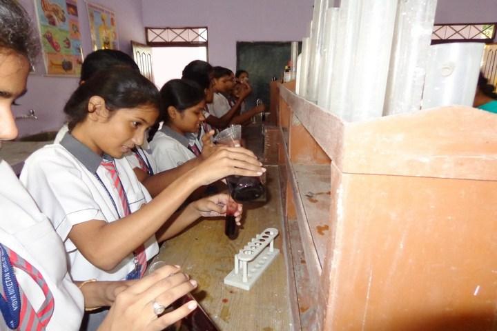 Vidya Niketan Girl High School-Chemistry Lab