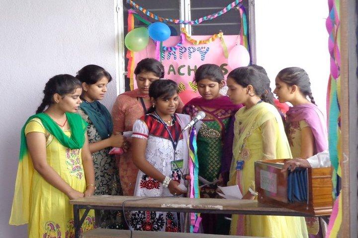 Vidya Niketan Girl High School-Teachers Day