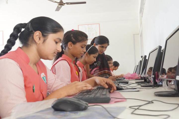 P G M International School-Computer Lab