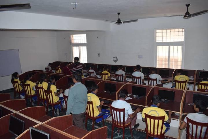Vidya Sanskar School-Computer Lab
