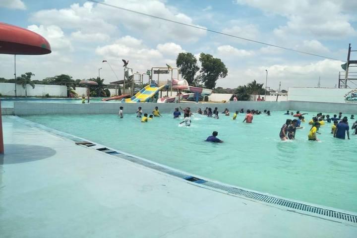 Vidya Sanskar School-Swimming Pool