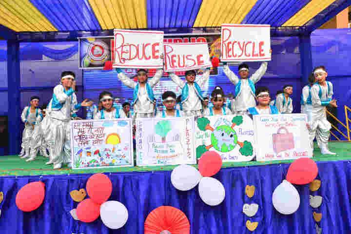 P R Public School-Dance Competetion