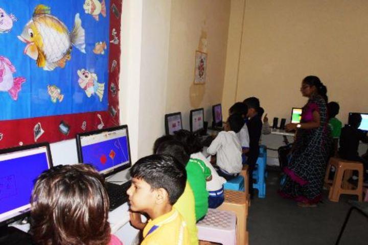 Padamshree N N Mohan Public School-Computer Lab