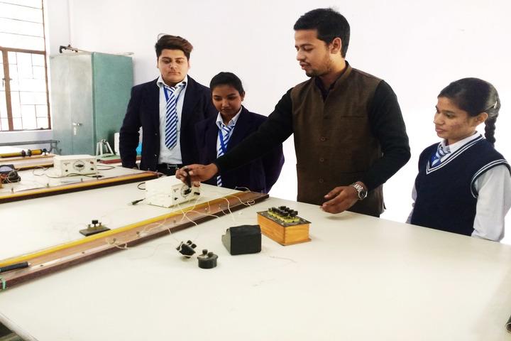 Padamshree N N Mohan Public School-Physics Lab