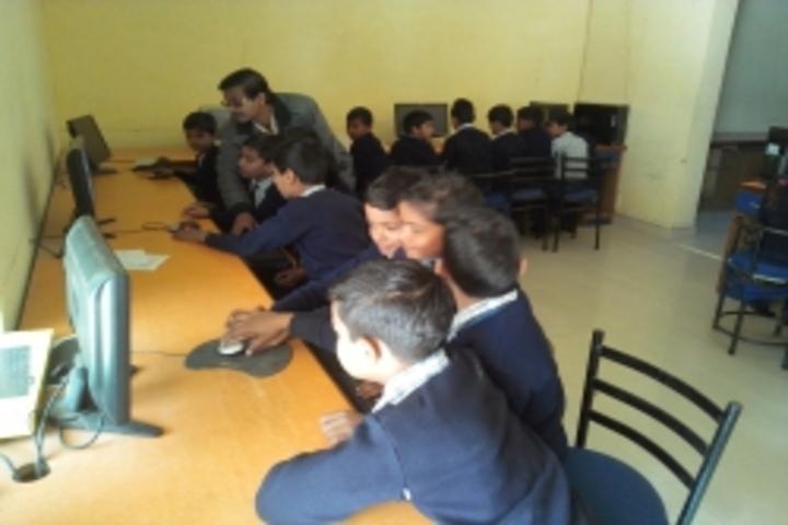 Parvati Public School-Computer Lab