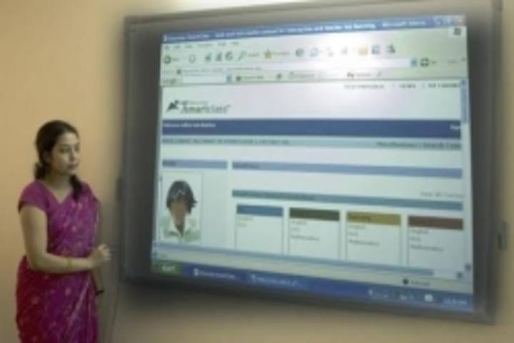 Parvati Public School-Smart Classroom