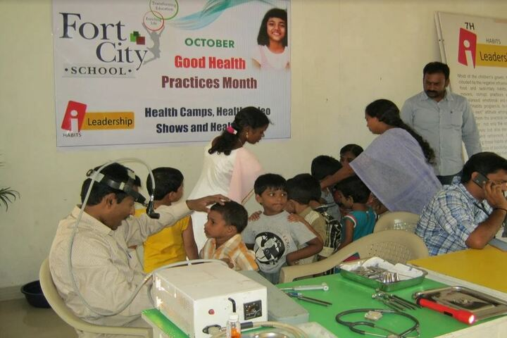 Ford City School - Health camp
