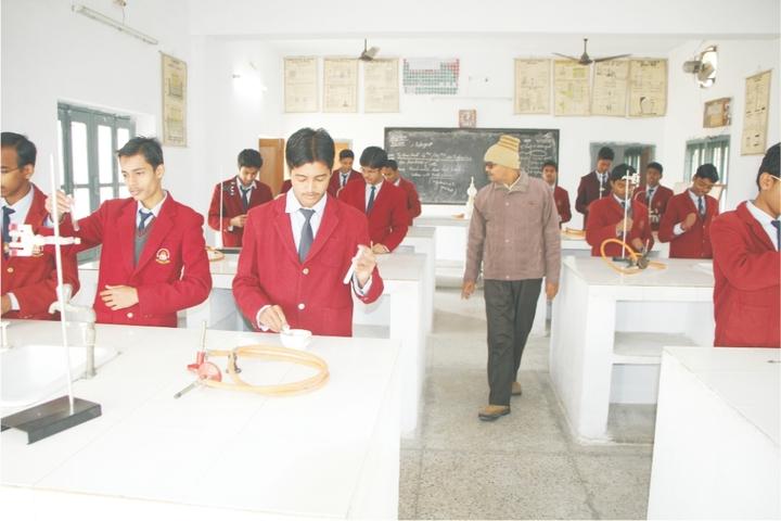 Vidya Vihar Residential School-Chemistry Lab