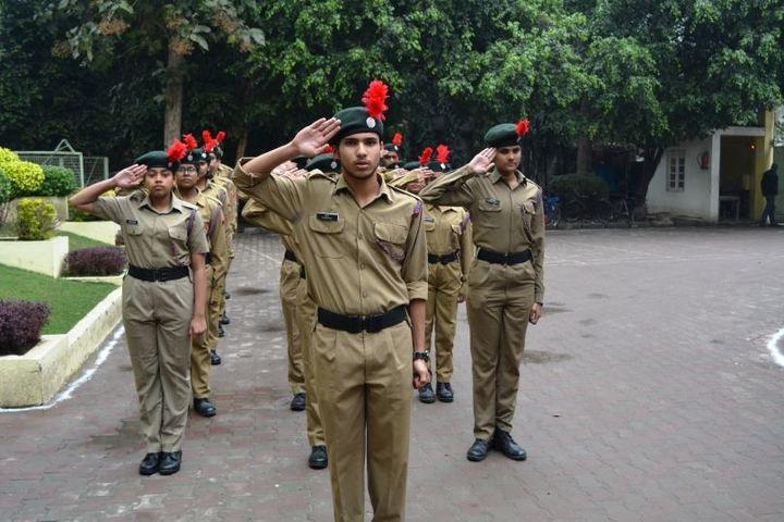 Patanjali Rishikul-Scouts And NCC