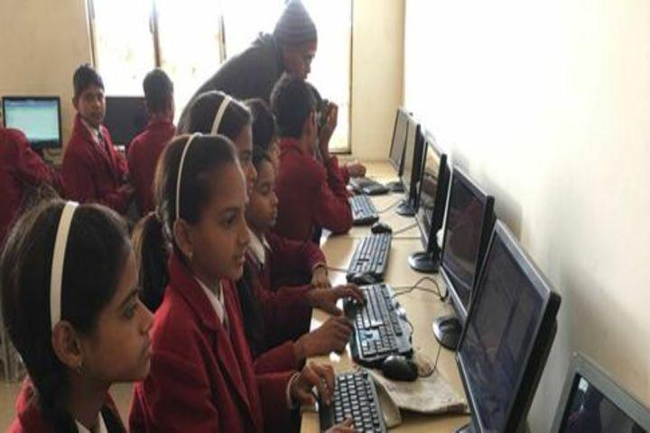 Pinnacle Global School-Computer Lab