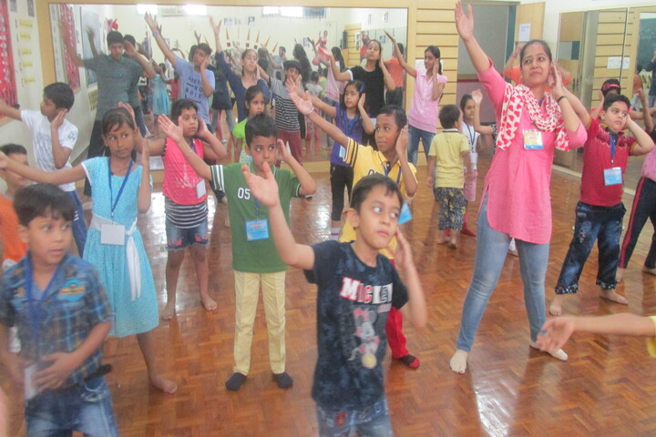 Prelude Public School-Dance Activity