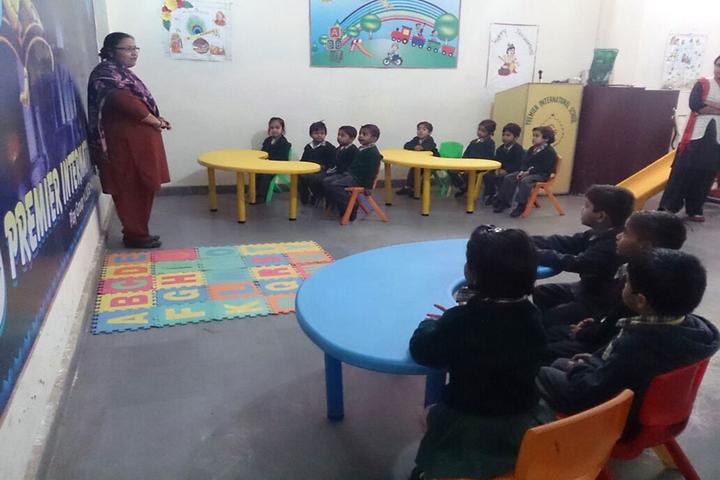 Premier International School-Play Group