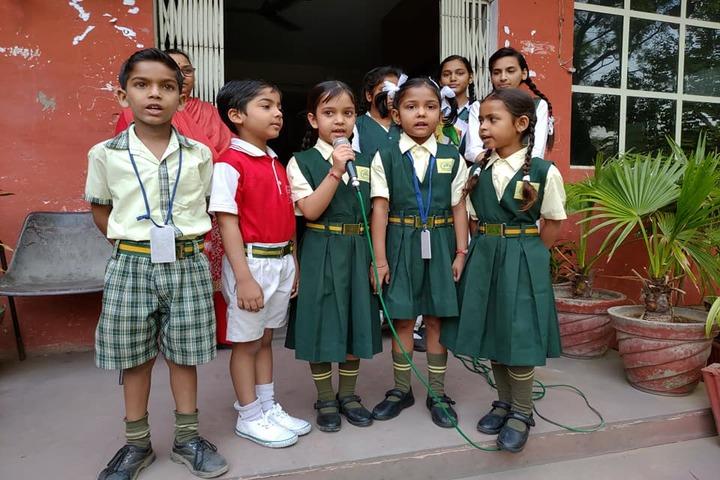 Premier International School-Singing Competititon