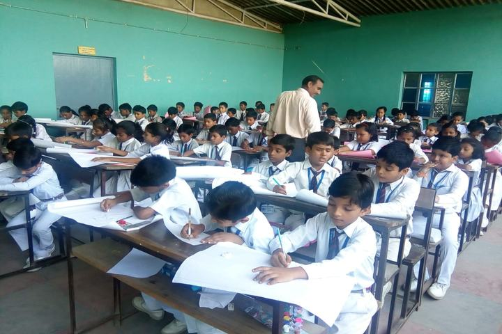 Vivekanand Public School-Classroom