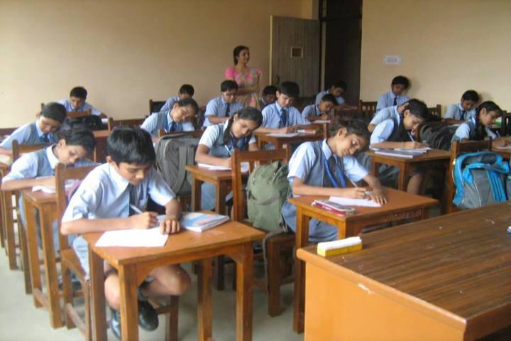 R N International Public School-Classroom