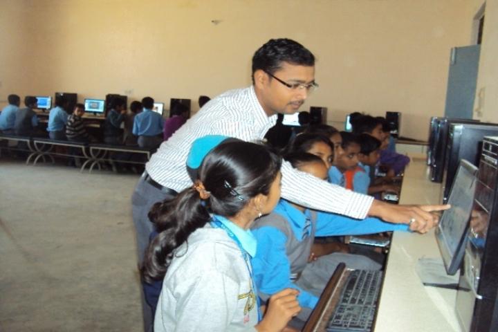 Radhika Senior Secondary School-Computer Labs