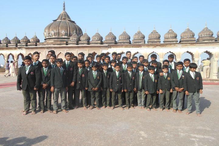 Rafi Memorial English School-School Tour