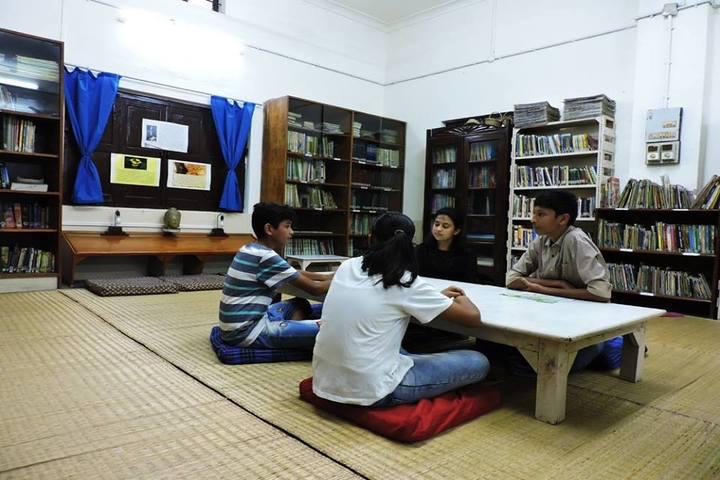 Rajghat Besant School-Library
