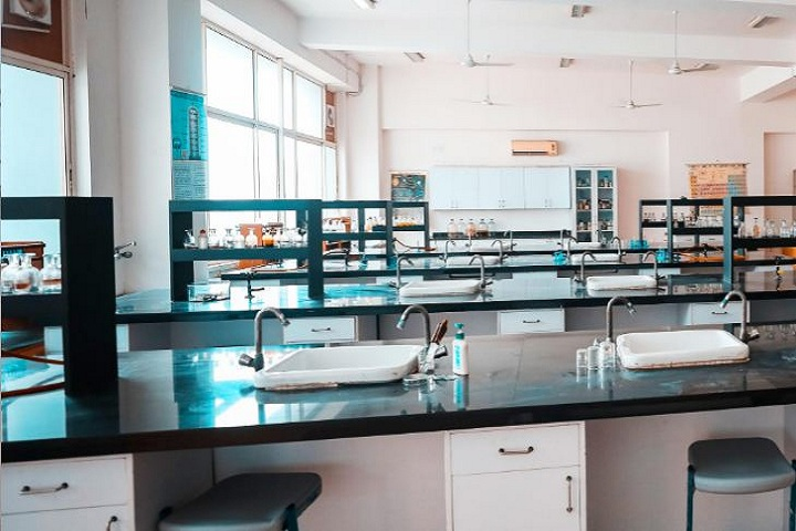 Gems School - Chemistry Lab
