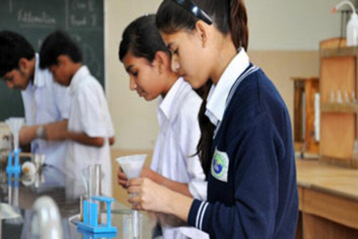 Rama International School-Science Labs