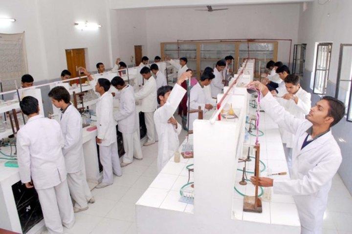 Rani Laxmi Bai Memorial School-Chemistry Lab