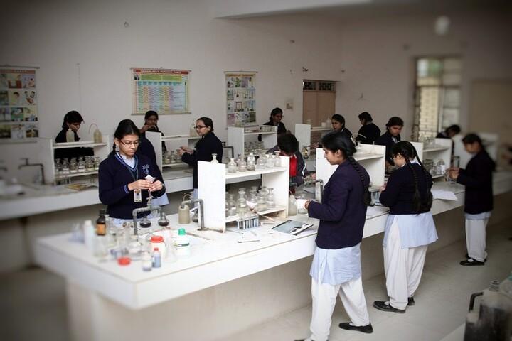 Rattan Lal Phool Katori Devi-Chemistry Lab