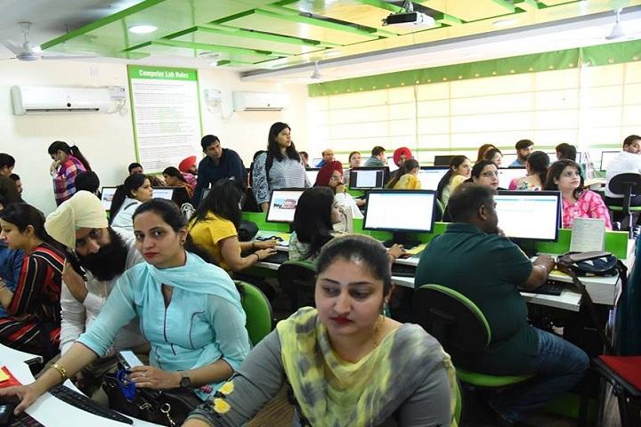 Chitkara International School-IT-Lab