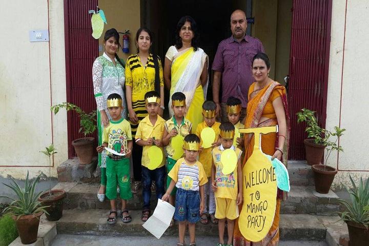 Rishikul Vidhyapeeth-mango party