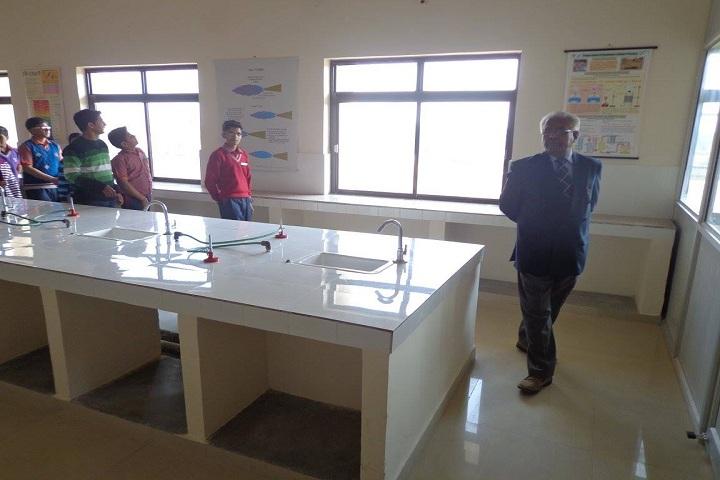 RNS World School-lab