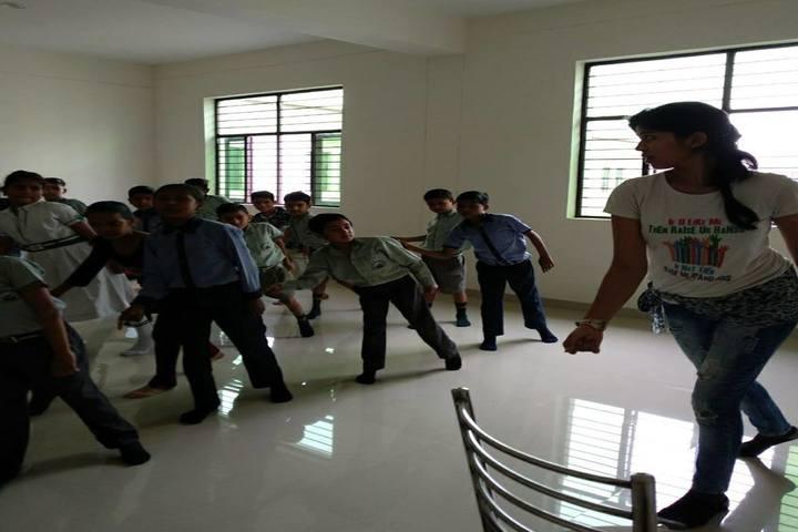 Rudra International Public School- Dance class